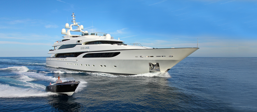 position eclipse yacht